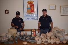 Reperti archeologici scoperti dalla Polizia di Stato