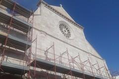 Continuano i lavori di restauro della facciata della Cattedrale