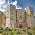 La storia di Castel del Monte in Braille