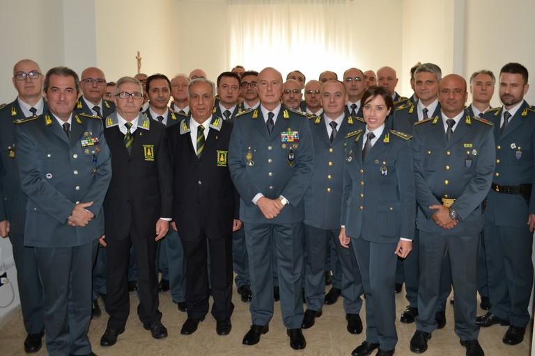 Il Generale Vito Augelli in visita alla Compagnia della Guardia di Finanza