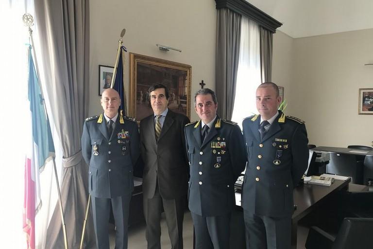 Il Gen. Augelli in visita al Prefetto Dario Sensi