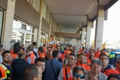Asl Bt proroga contratti degli OSS. Intanto oggi operatori e volontari 118 protestano a Bari