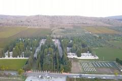 Cimitero Civico, garantita l'apertura nei giorni festivi