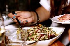 Crollo attività ristoranti, persi 150 milioni in cibo e vino di fatturato