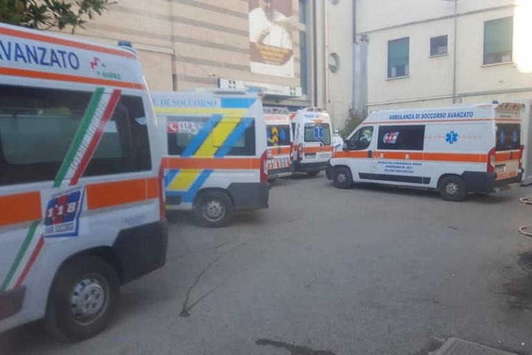 Ambulanze al Pronto Soccorso di Andria